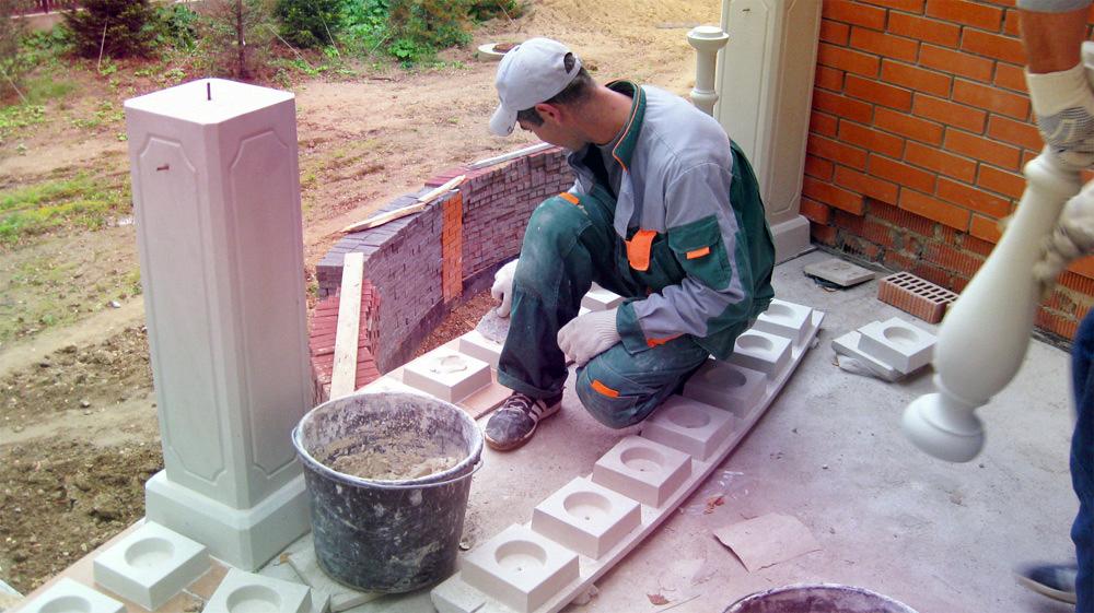 Установка балясин своими руками из бетона
